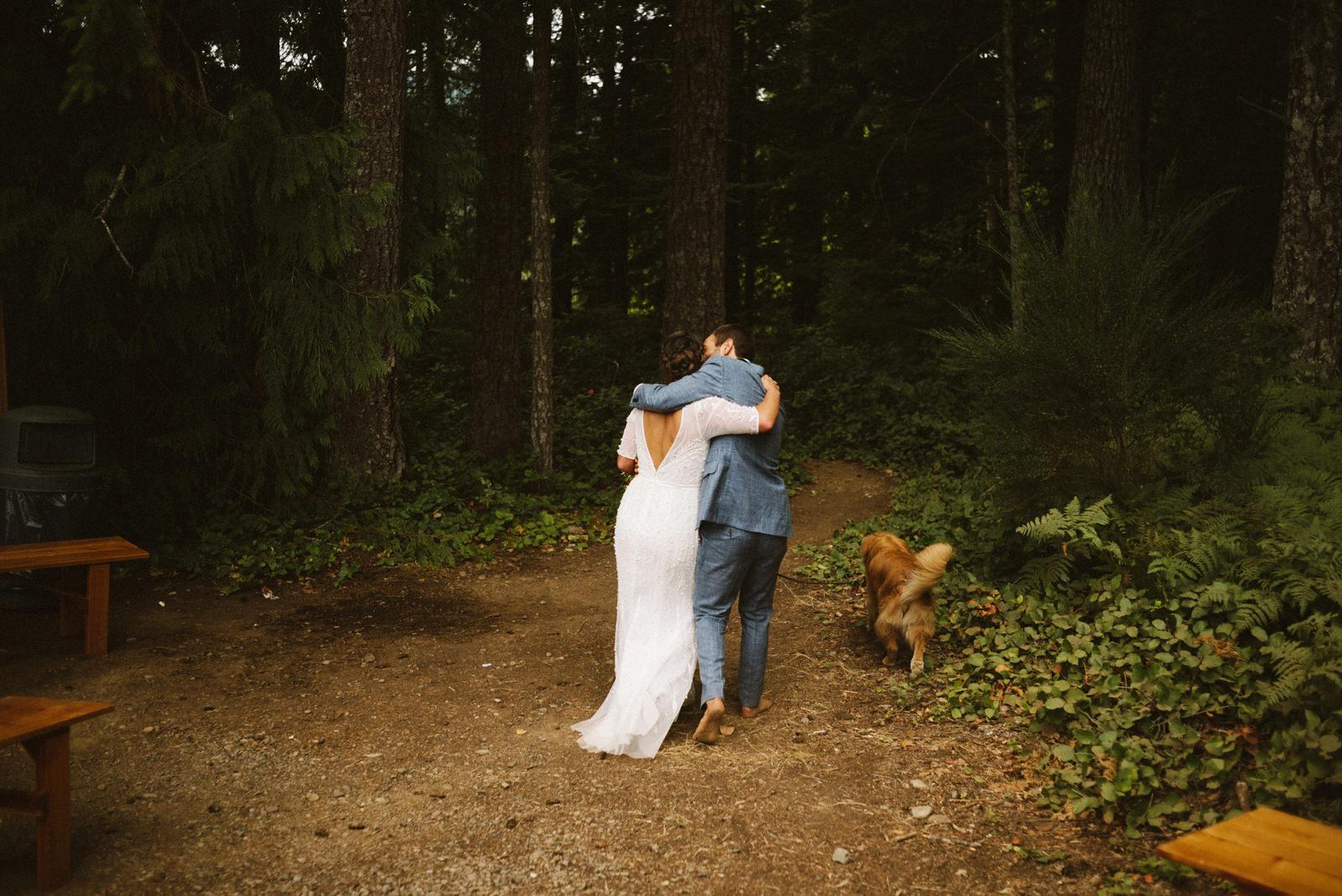 zanny-noah-087 LAKE CUSHMAN WEDDING