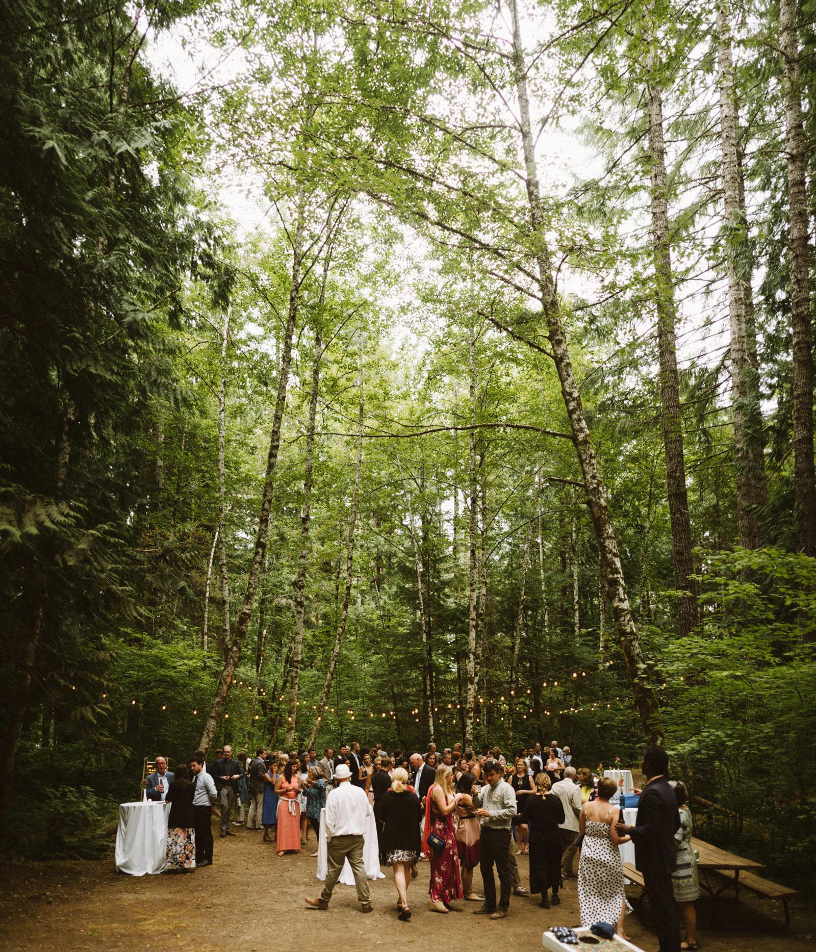 zanny-noah-092 LAKE CUSHMAN WEDDING