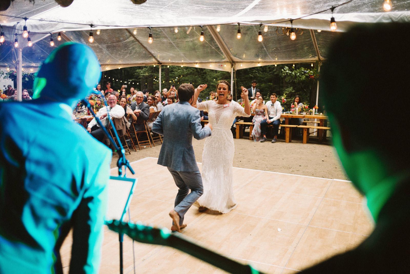 zanny-noah-113 LAKE CUSHMAN WEDDING