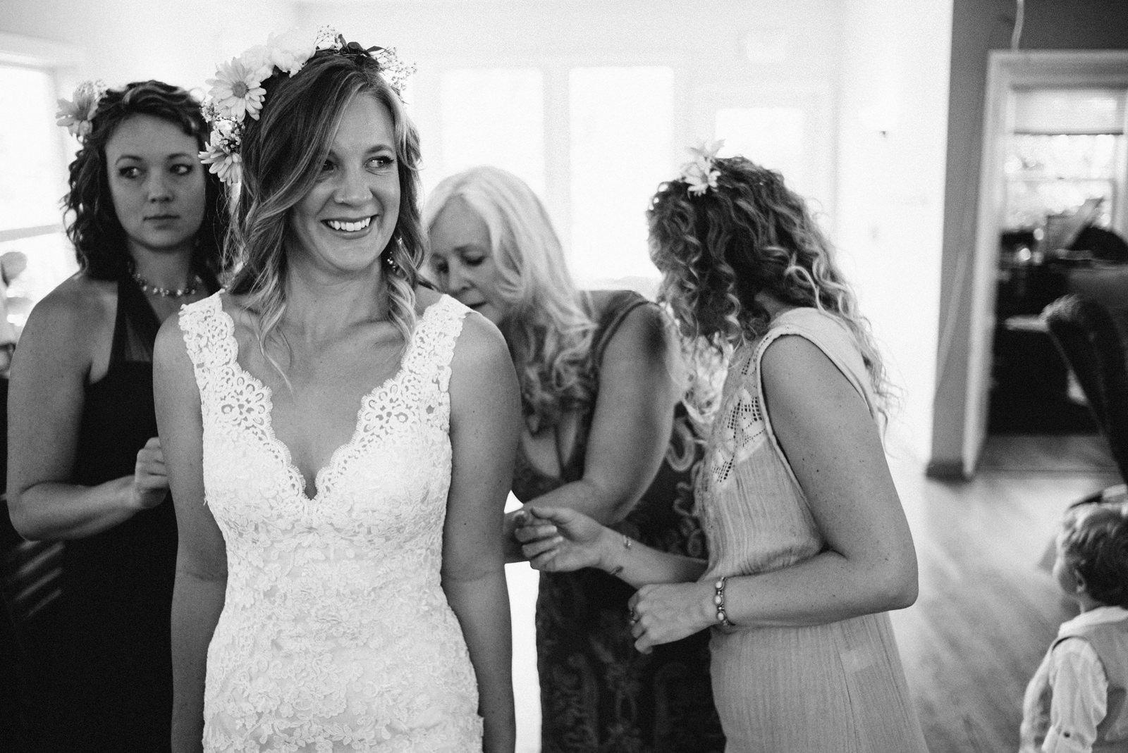 rivers-bend-retreat-wedding-008 RIVER'S BEND RETREAT WEDDING