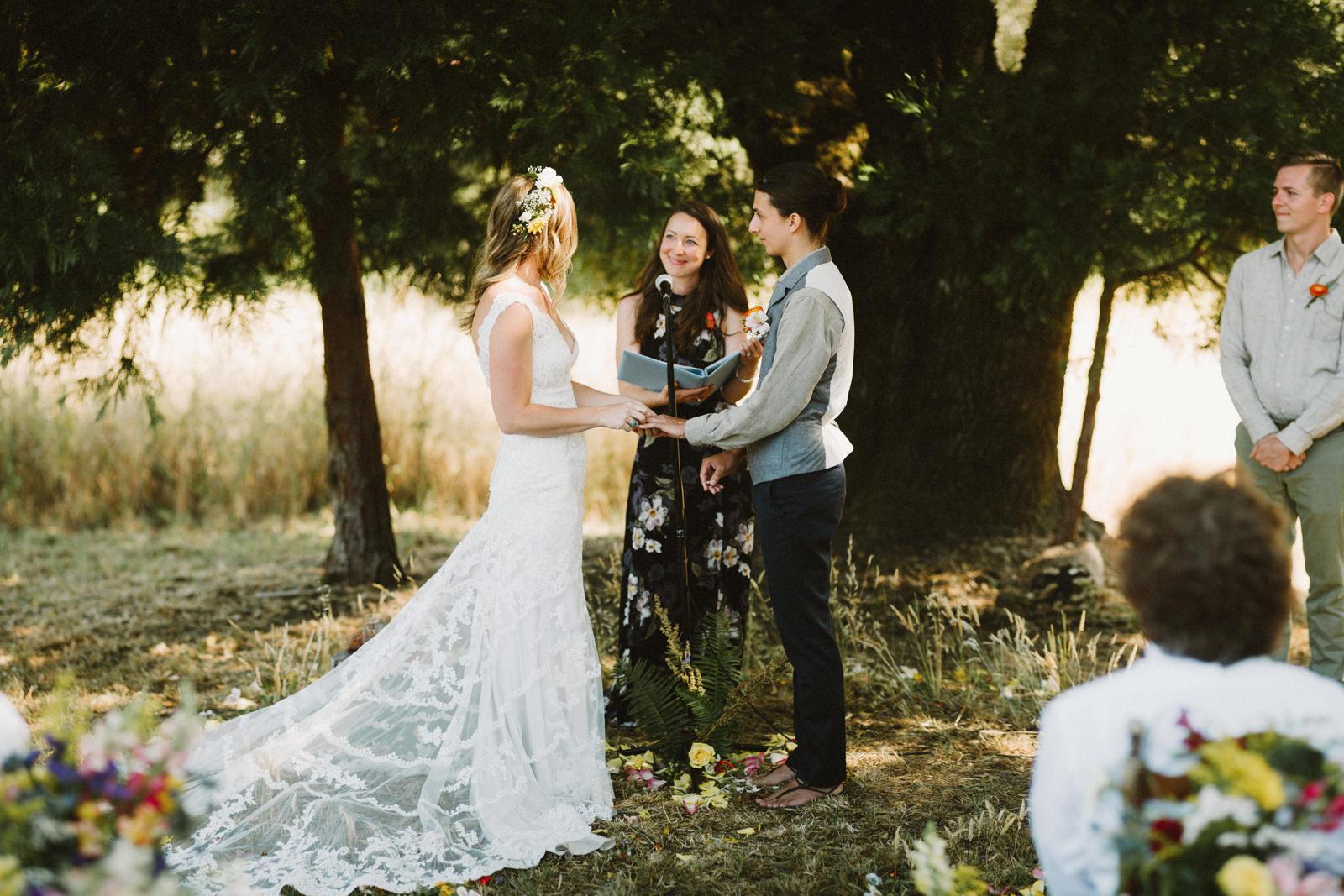 rivers-bend-retreat-wedding-034 RIVER'S BEND RETREAT WEDDING