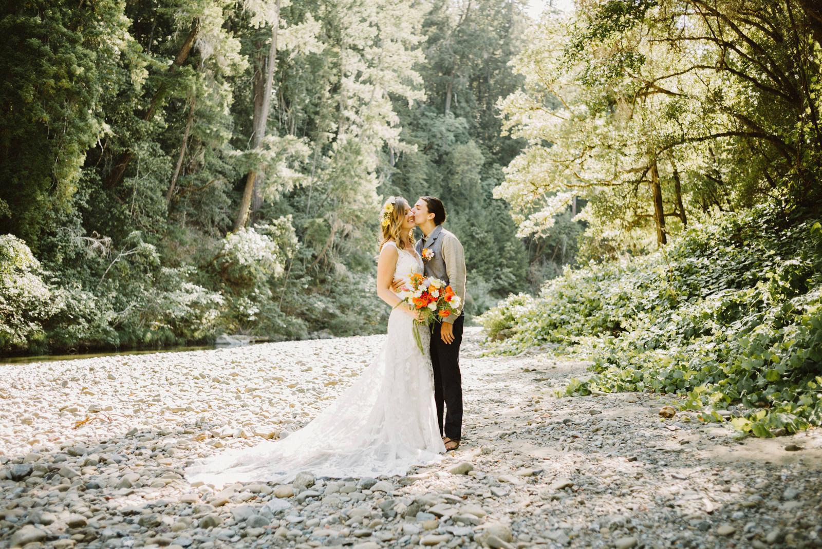 rivers-bend-retreat-wedding-052 RIVER'S BEND RETREAT WEDDING