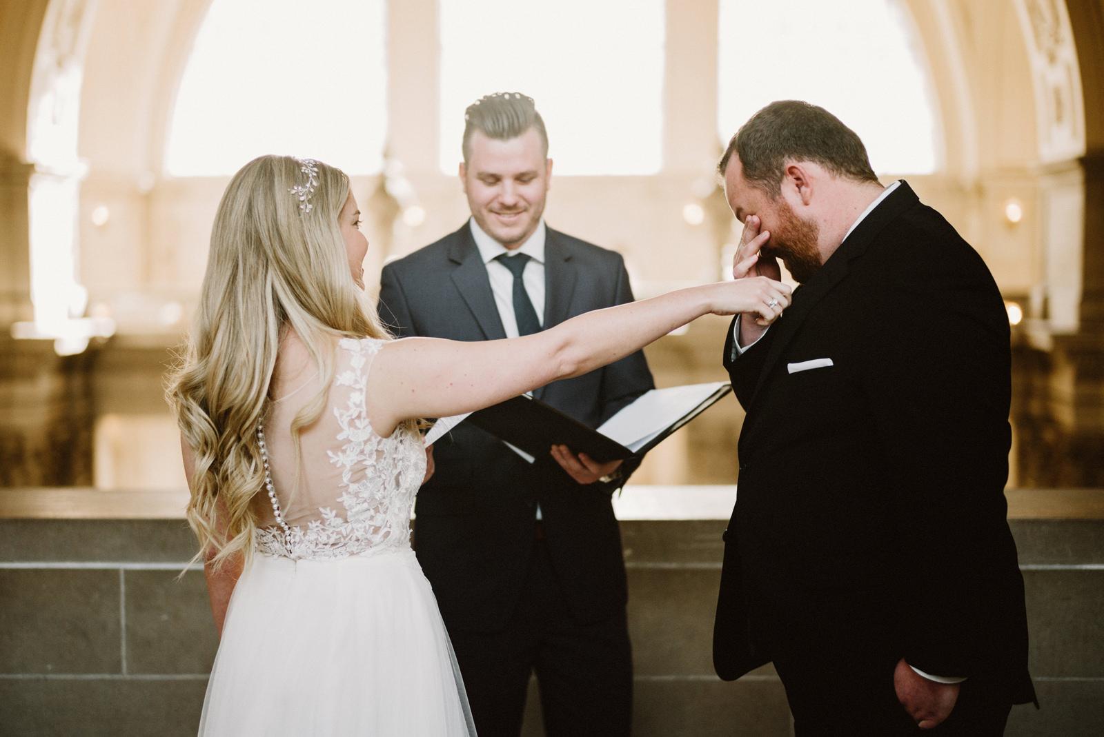 san-francisco-city-hall-elopement-20 SAN FRANCISCO CITY HALL INTIMATE WEDDING