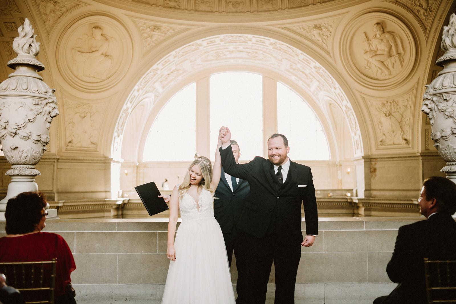 san-francisco-city-hall-elopement-25 SAN FRANCISCO CITY HALL INTIMATE WEDDING