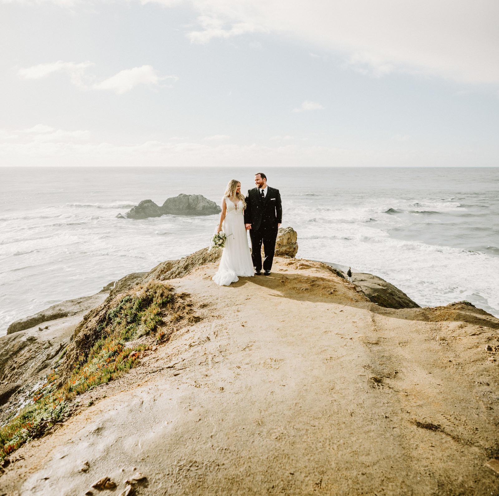 san-francisco-city-hall-elopement-43 SAN FRANCISCO CITY HALL INTIMATE WEDDING