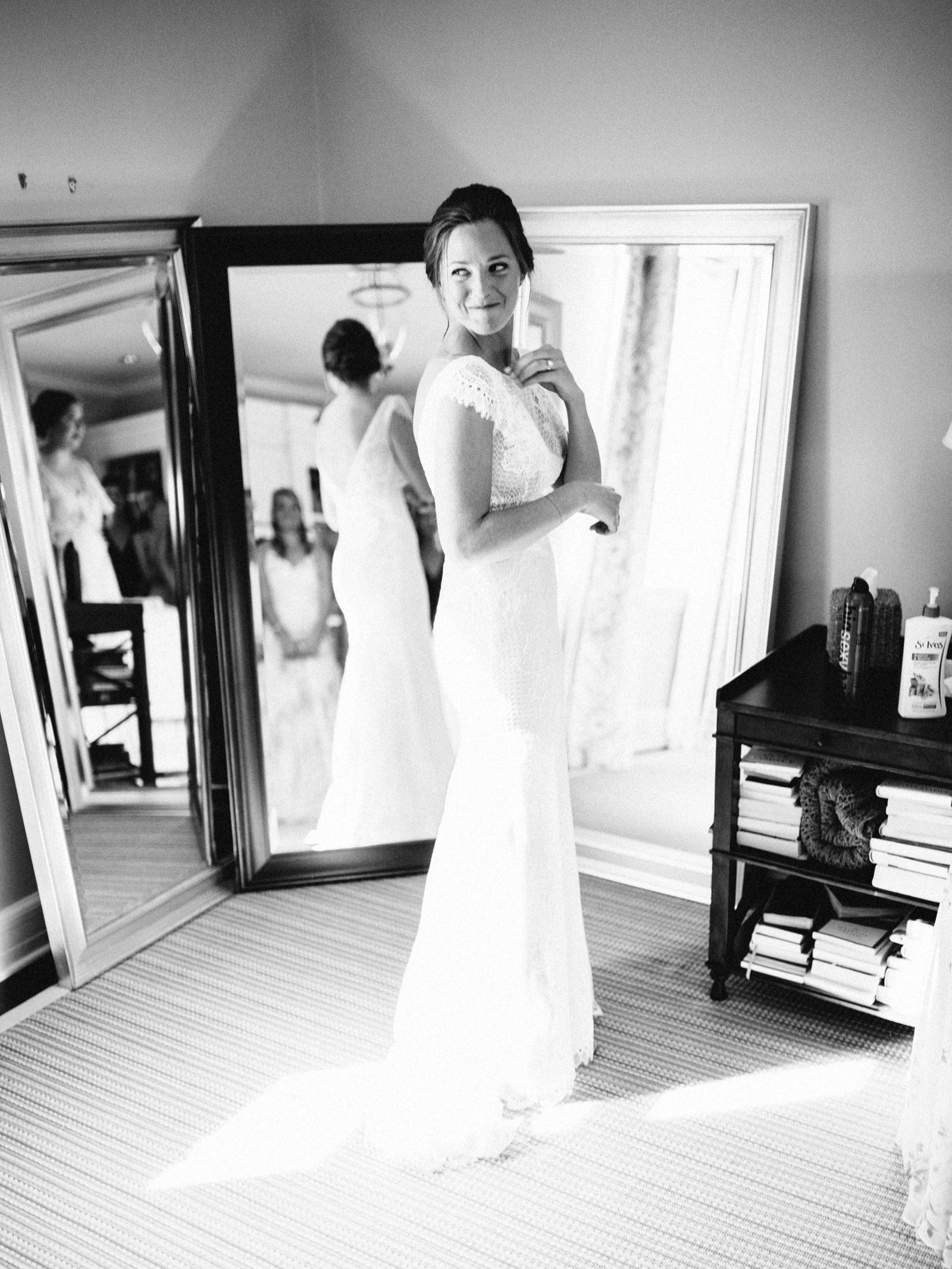 bridgeport-wedding-025 BRIDGEPORT, CONNECTICUT BACKYARD WEDDING