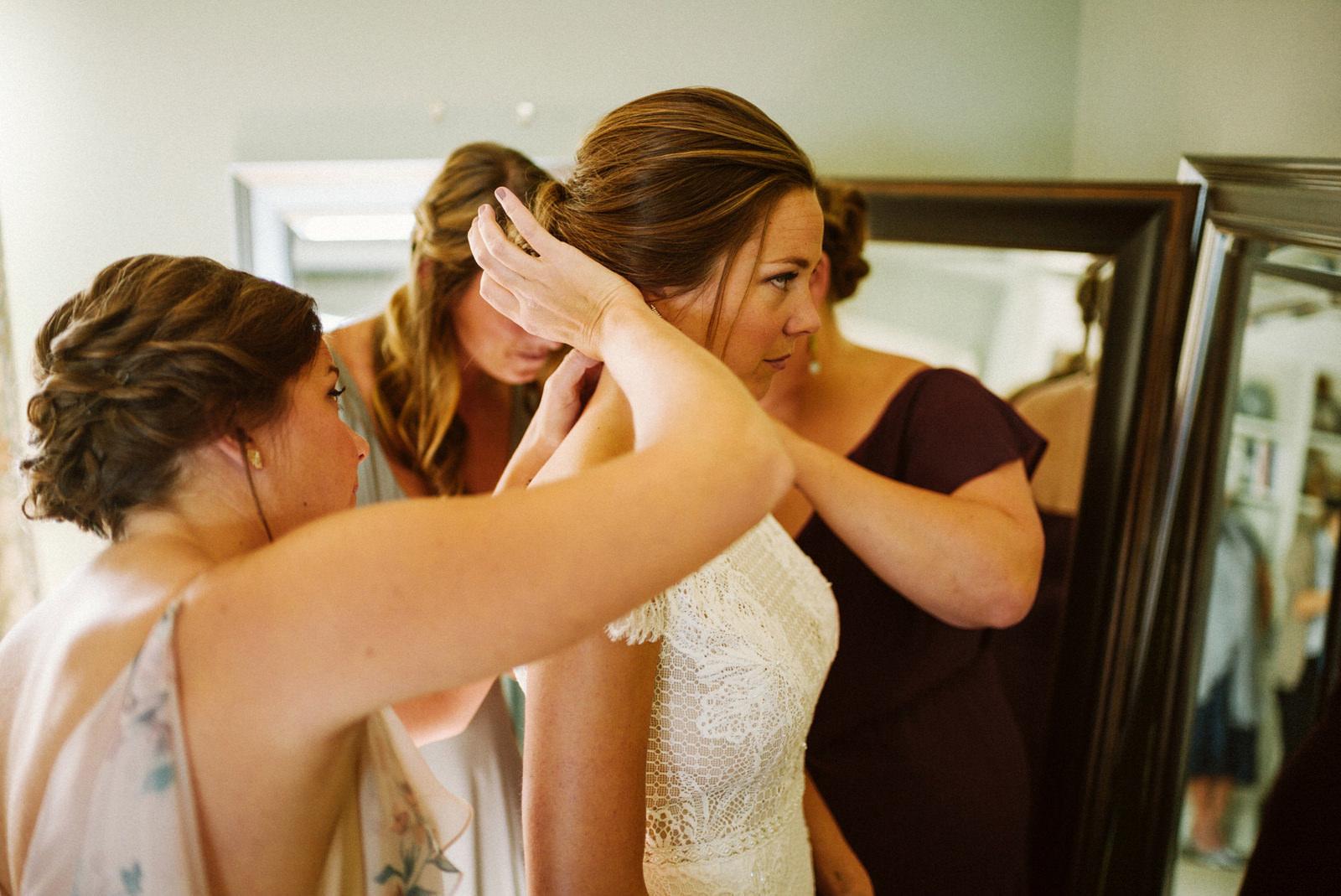 bridgeport-wedding-029 BRIDGEPORT, CONNECTICUT BACKYARD WEDDING