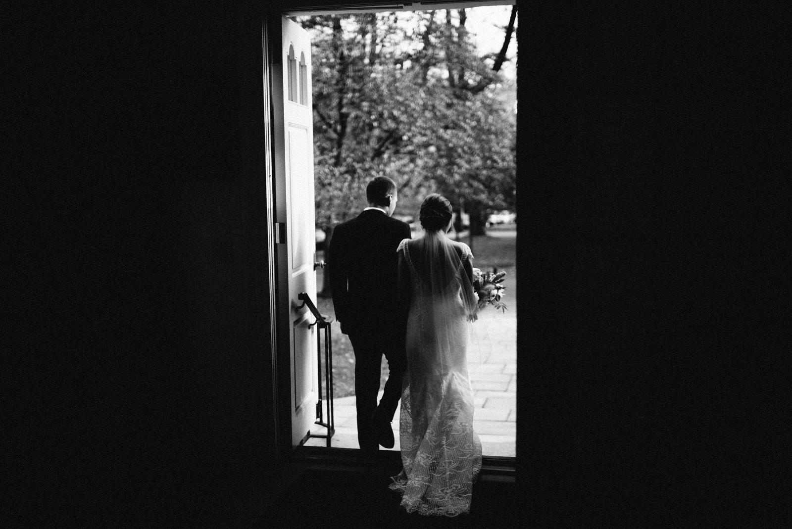 bridgeport-wedding-083 BRIDGEPORT, CONNECTICUT BACKYARD WEDDING