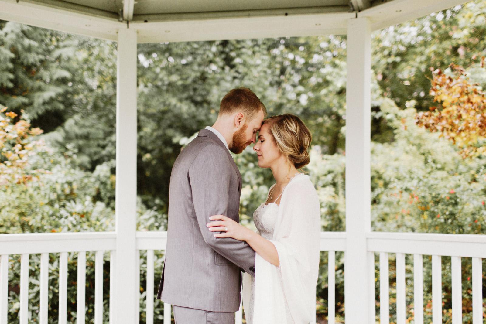 daniel-emily-12 PICKERING BARN WEDDING