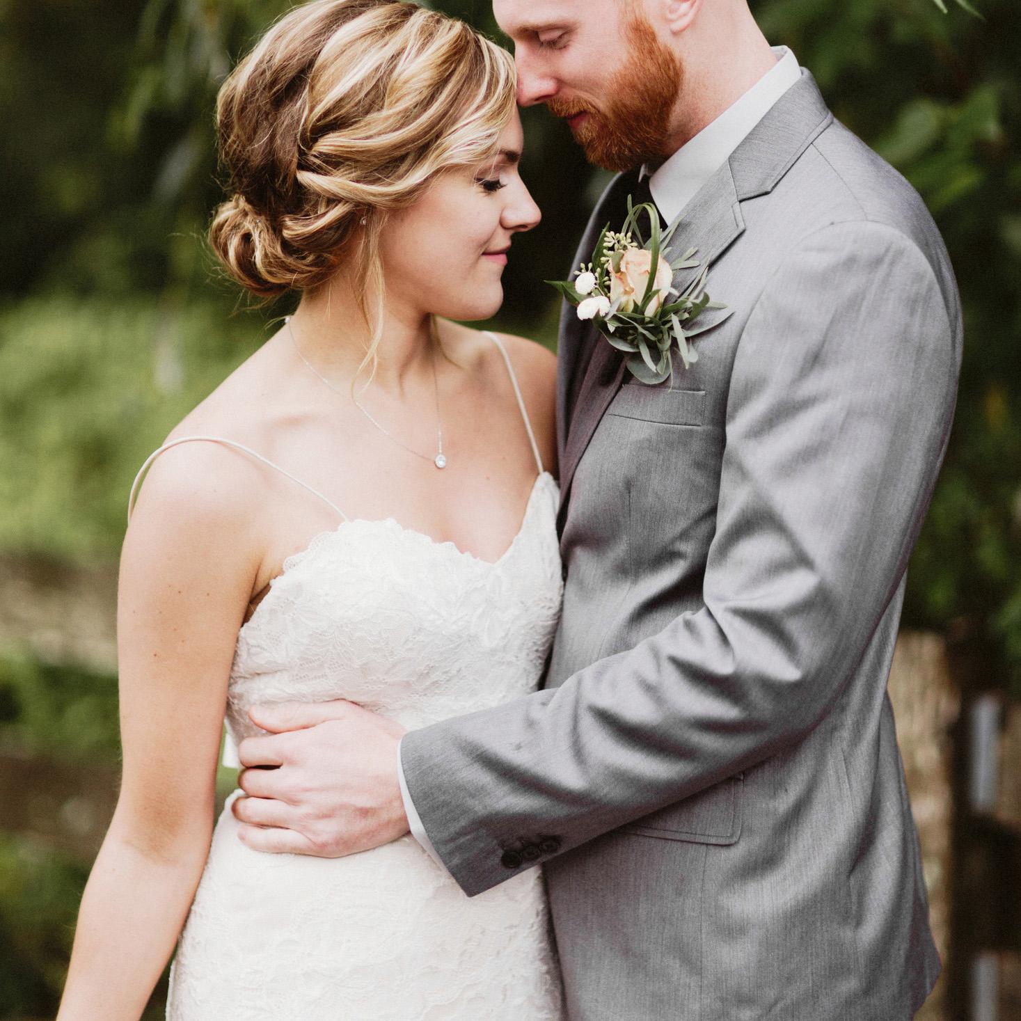 daniel-emily-13 PICKERING BARN WEDDING