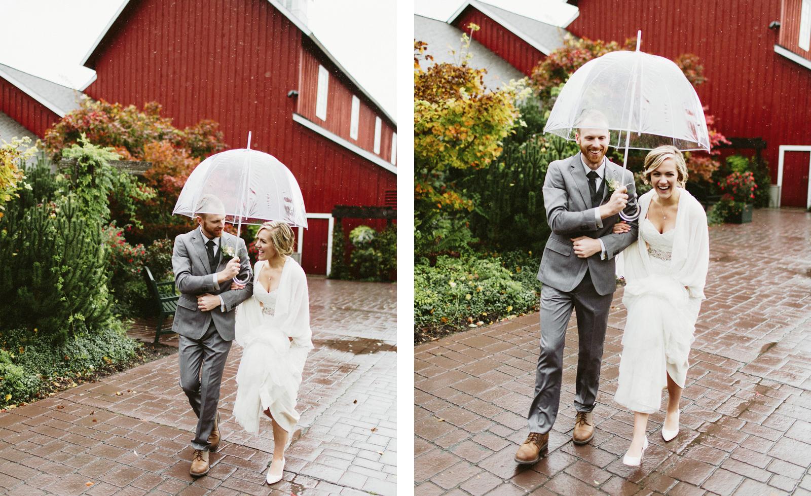 daniel-emily-18 PICKERING BARN WEDDING