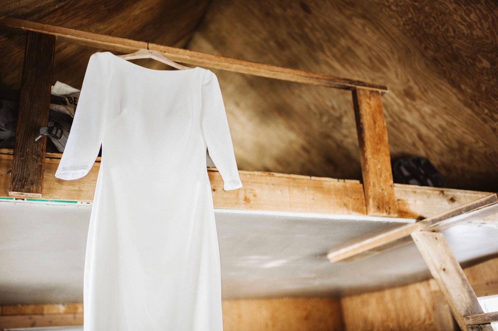 alpine-lakes-high-camp-winter-wedding-07 ALPINE LAKES HIGH CAMP WEDDING