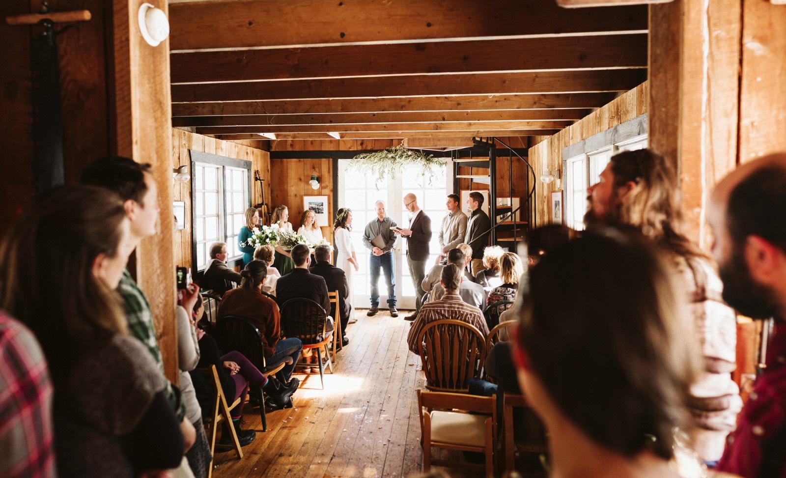 alpine-lakes-high-camp-winter-wedding-30 ALPINE LAKES HIGH CAMP WEDDING