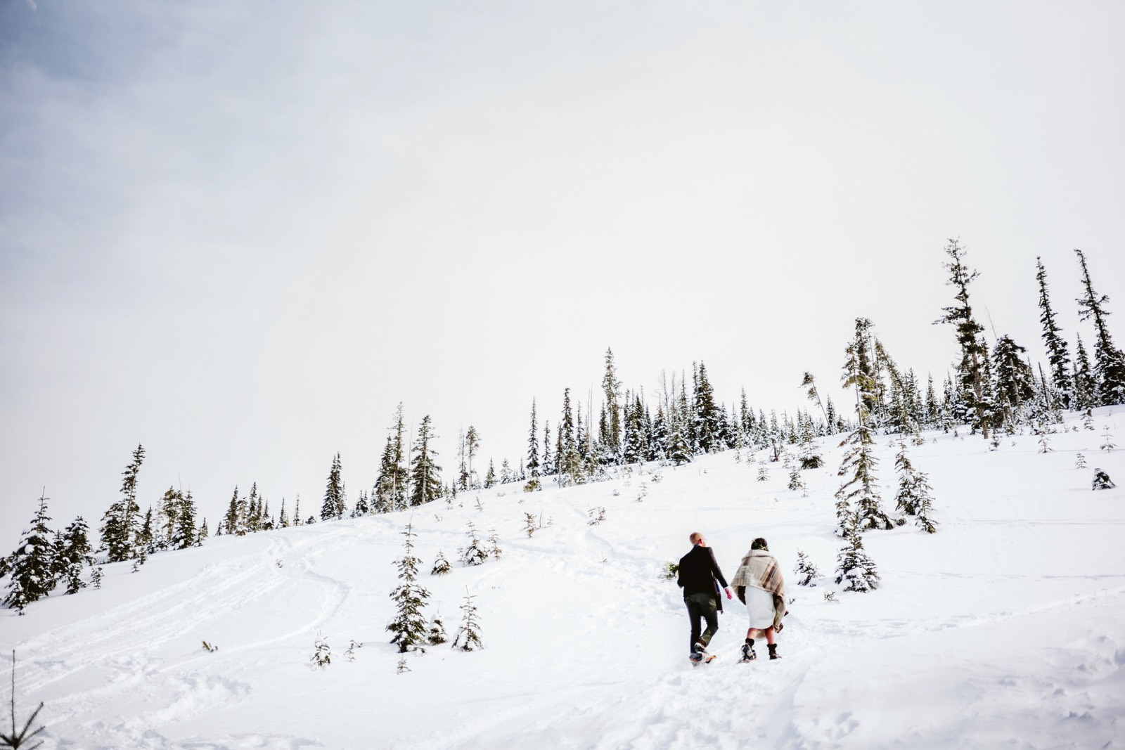 alpine-lakes-high-camp-winter-wedding-49 ALPINE LAKES HIGH CAMP WEDDING